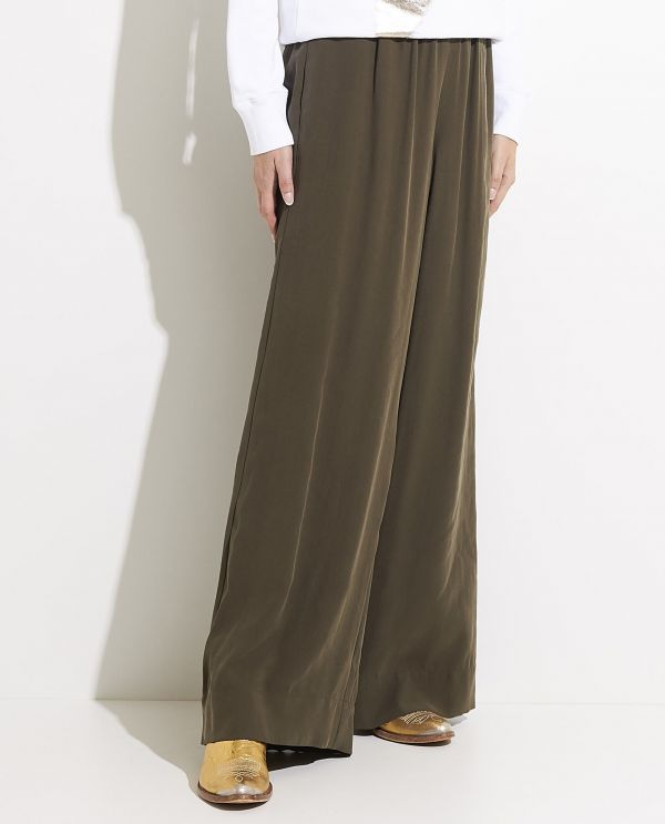 Wide leg trousers in soft quality