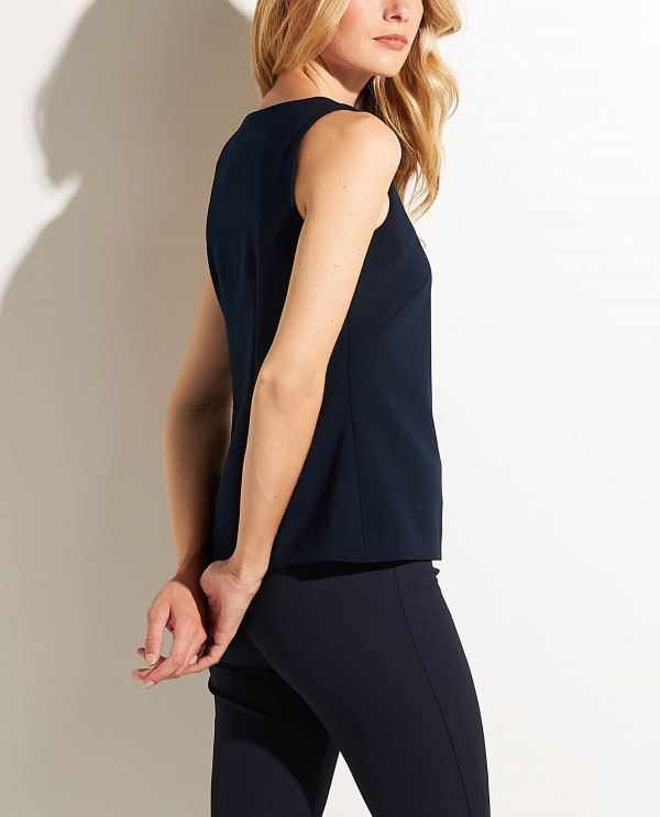 Sleeveless Top in thick quality