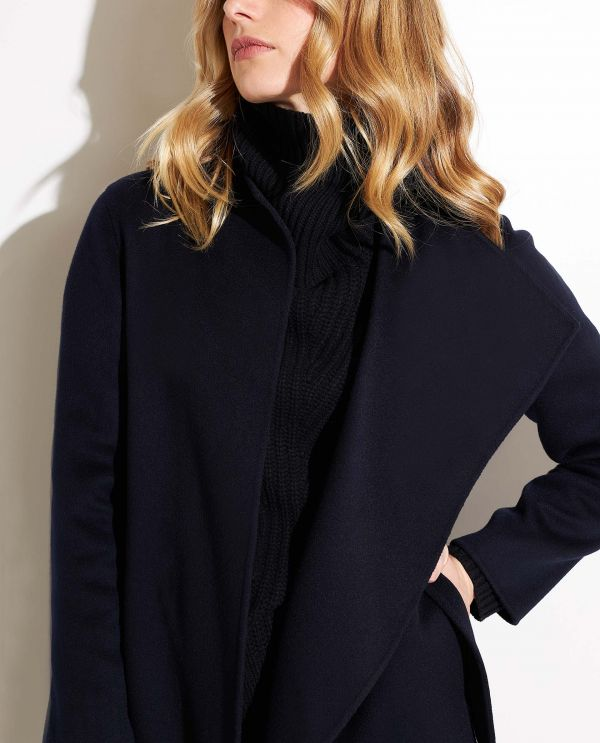 Cashmere coat with belt