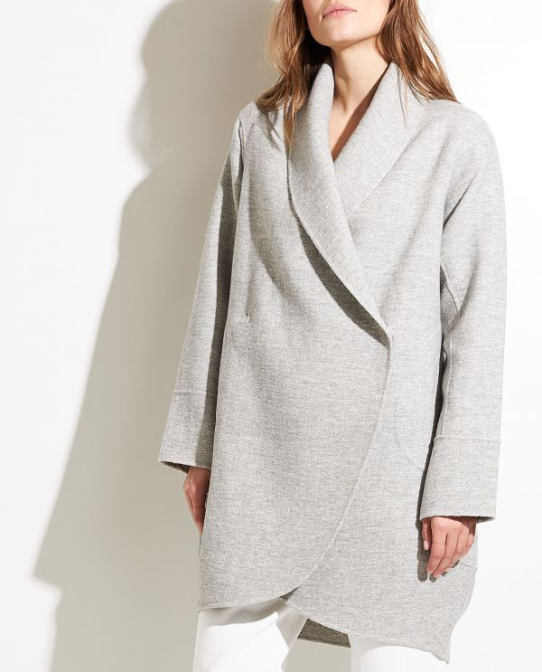 Egg-shaped woolen coat