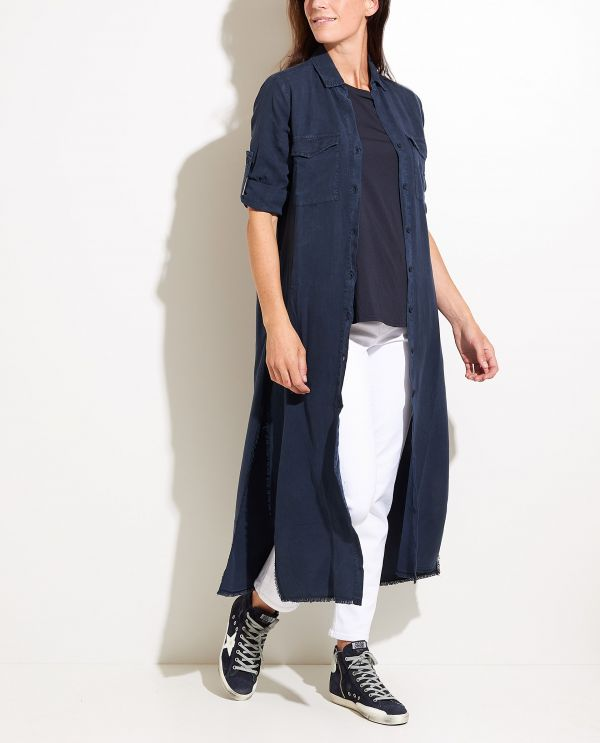 Long dress with short sleeves