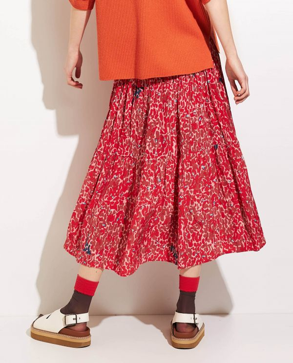 Pleated skirt in silk