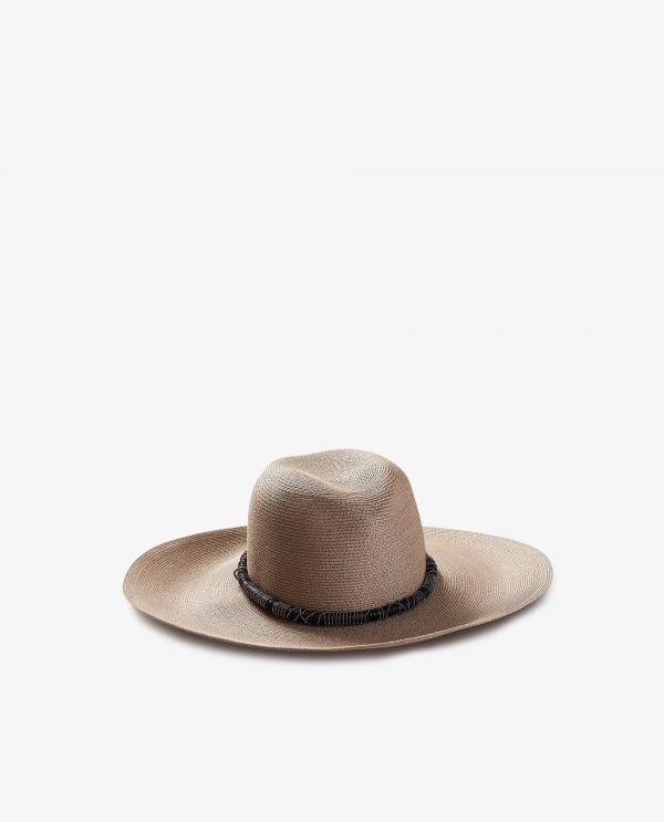 Hat with leather band and monili